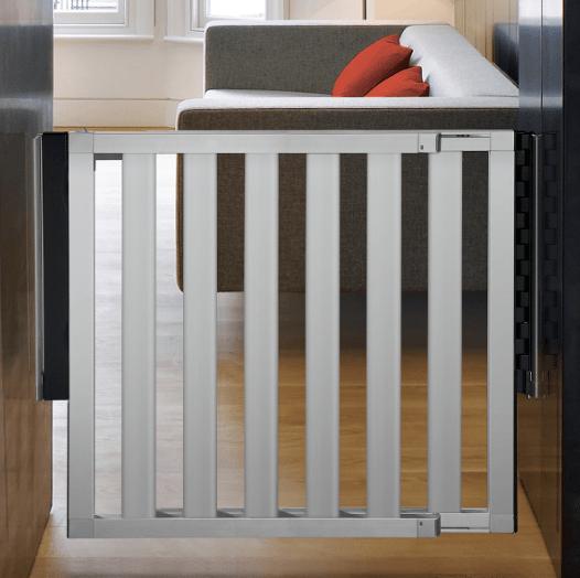 munchkin-aluminum-gate-min